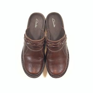 Clarks Women's Slip-On Mules Brown Leather EUC